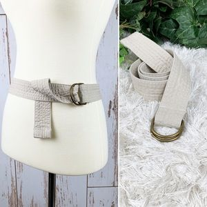 Beige Tan Quilted Fabric D Ring Belt- Like New!